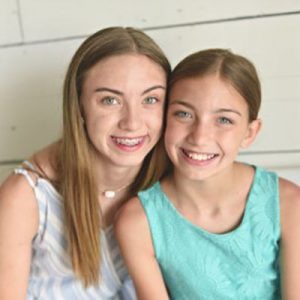 Taylor and Taryn Greer in Mom Memory